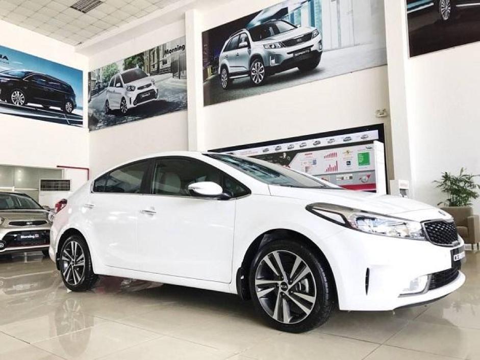 Giá xe ô tô KIA có sự khác biệt giữa các mẫu