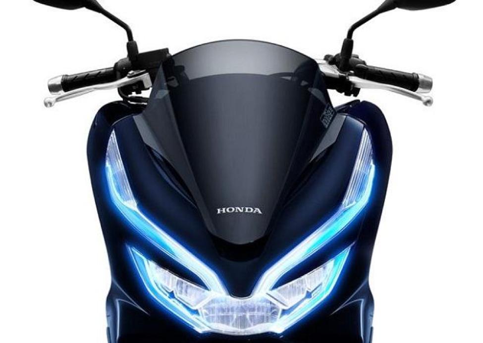 Xe PCX HYBRID sở hữu bộ đèn led cực kỳ nổi bật và thu hút