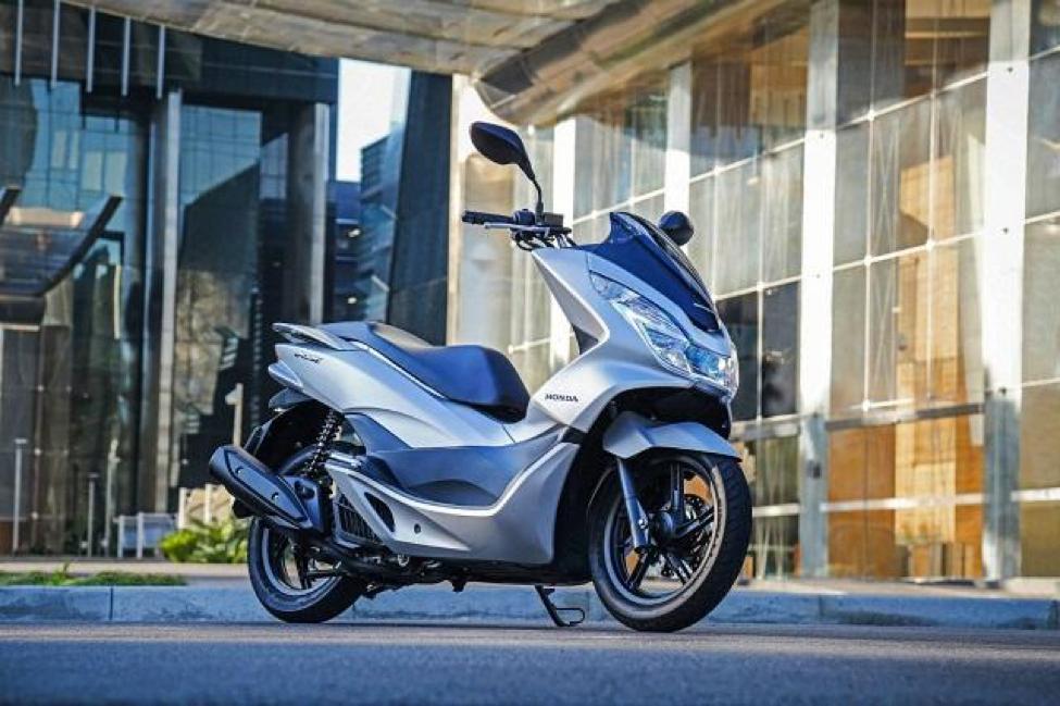 Honda PCX 125cc/150cc kết hợp giữa nét đẹp hiện đại và sự năng động, trẻ trung