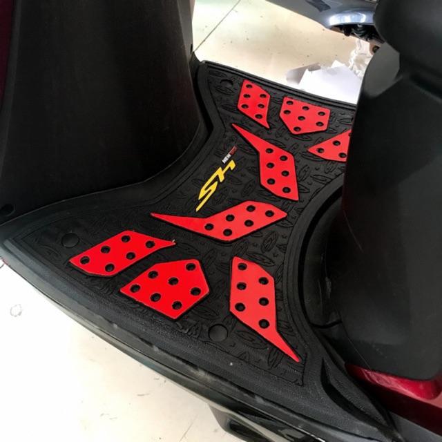 Thảm để chân Carbon sang chảnh cho Sh