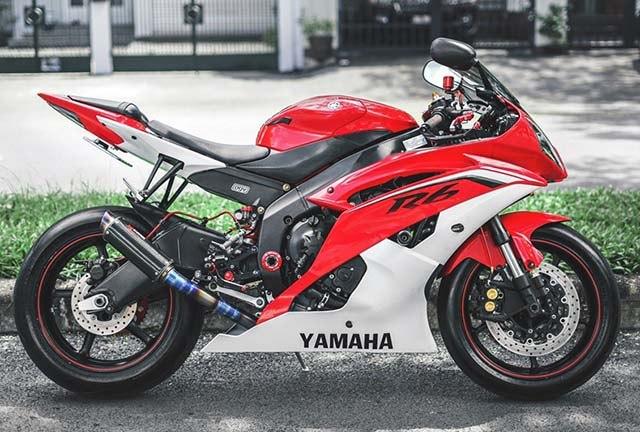 xe Yamaha R6