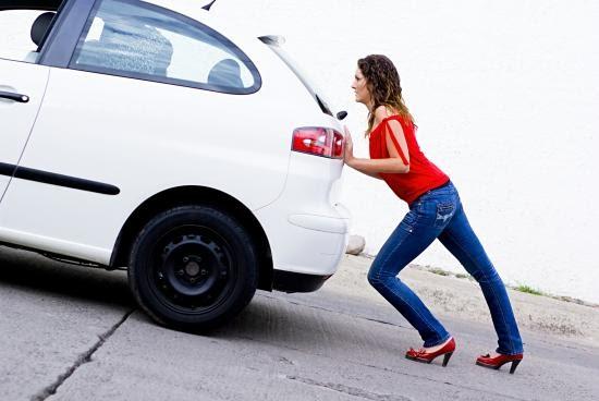 Đừng đề bình xăng cạn kiệt mới đổ nếu muốn bảo vệ chiếc xe hơi của bạn